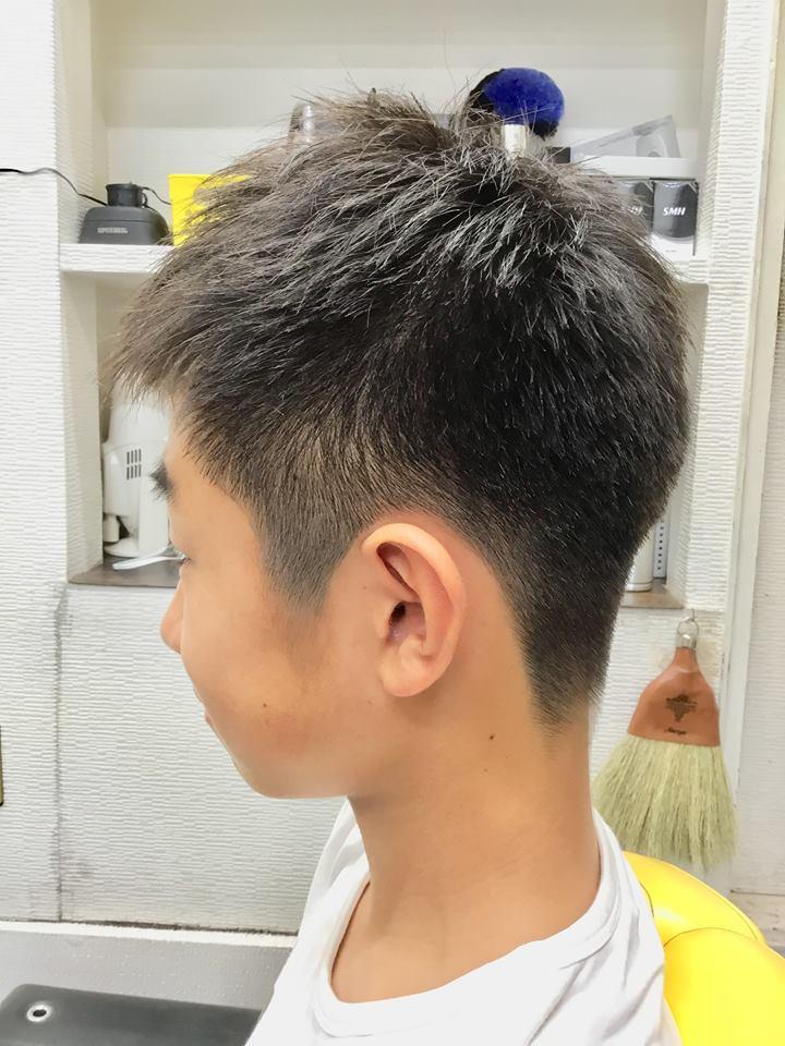 中学生ソフトモヒカンのヘアスタイル
