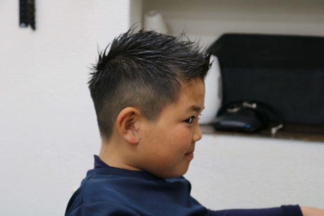 小学4年生男子のスタイル写真