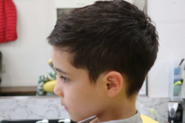 新1年生男子刈り上げのスタイル写真