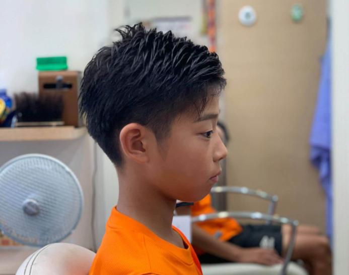 小学生8ミリツーブロックアシンメトリーの画像