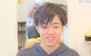 大学生のヘアスタイルの画像