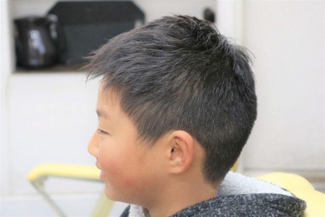 小学生男子のヘアスタイル画像