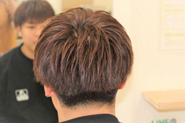 10代男子大学生のヘアスタイル画像