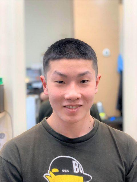 高校生の髪型の画像