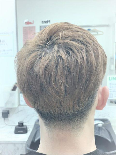 男子大学生の髪型の画像